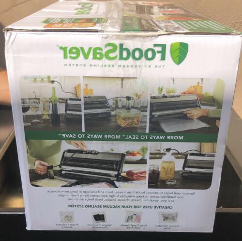 FoodSaver 5200 Vacuum Sealing System Sealer and Kit