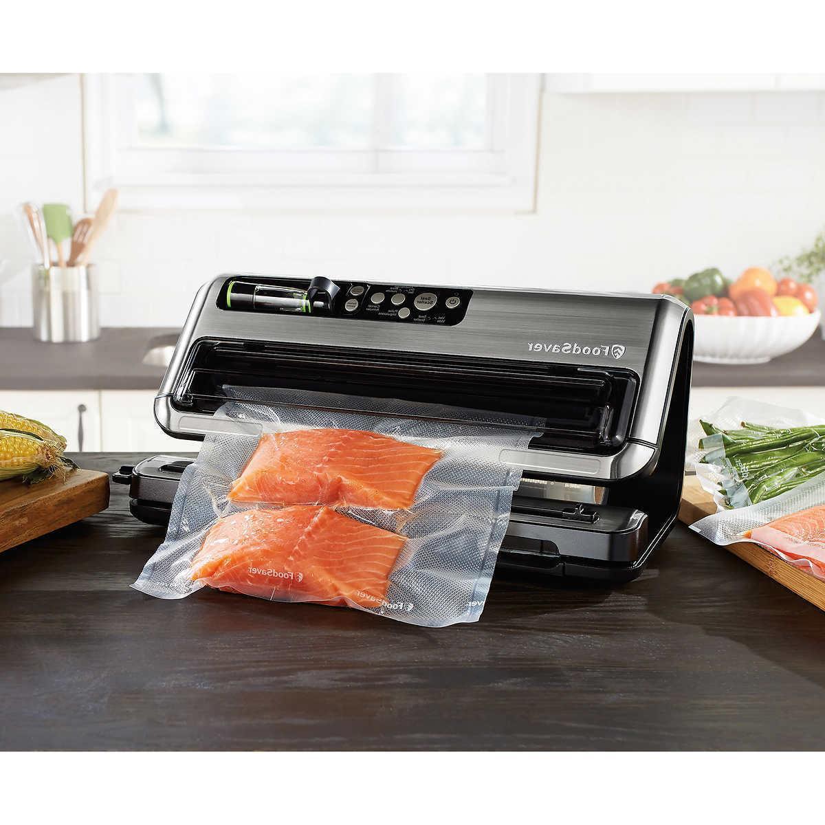 FoodSaver 5400 Series Vacuum Preservation w/ Bag Maker