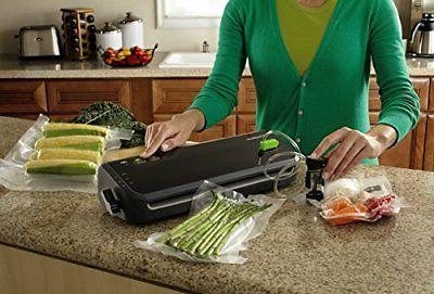 NEW FoodSaver FM2000-FFP Sealing System with Bag/Roll Set, Black